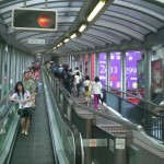 HK_Central_Cochrane_Street_Central-Mid-Levels_escalators_Upsidedown